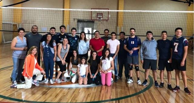 Felicitacion a equipo de Voleibol por participación en cuadrangular amistoso