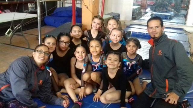 Felicitacion GimnastasPor representacion en encuentro de Gimnasia Olímpica